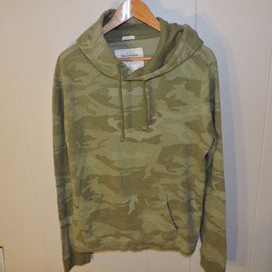 Abercrombie & Fitch Camo Muscle Fit Hoodie